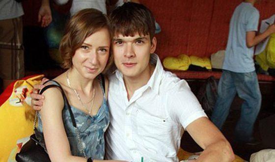 Картинки по запросу алексей коряков с женой натальей