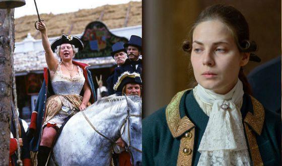 Юлия Снигирь вдохновлялась Екатериной II Крючковой (слева)