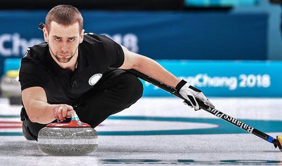 Alexander Krushelnitsky chose curling