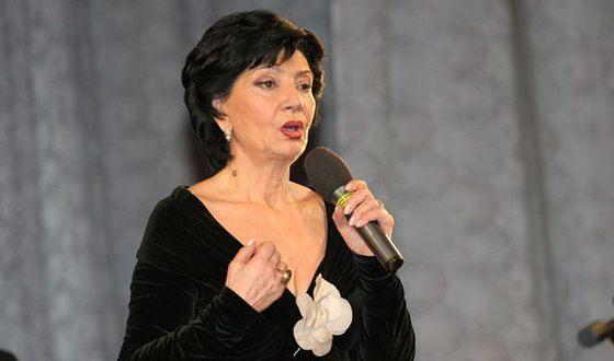 In the photo: Nani Bregvadze