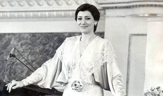Nani Bregvadze at the beginning of his career