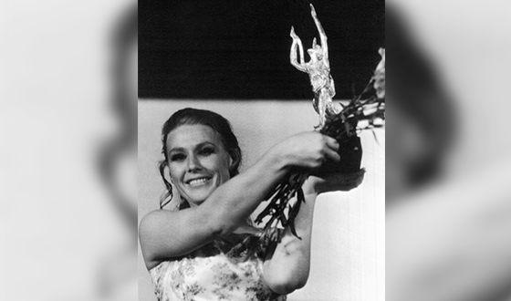 Maria Pakhomenko with the Golden Orpheus award