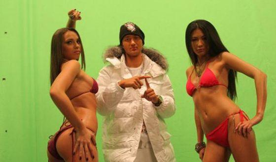 MC TAMERLAN на съемках клипа группы XS «Силиконовые мозги»