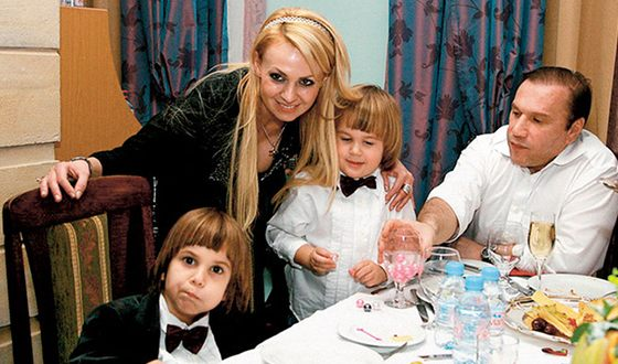 Яна Рудковская - биография, фото, личная жизнь, дети, муж 2020