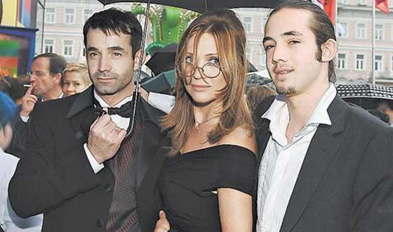 Dmitry Pevtsov with his wife and eldest son