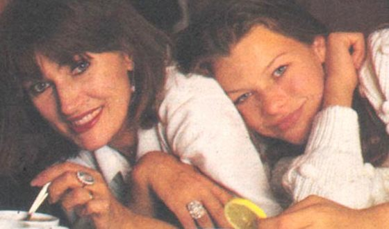 Milla Jovovich with her mother