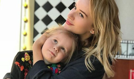Elena Bushina helps her daughter cope with psychological trauma