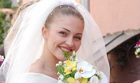 """Tatyana Kazyuchits in the film """"Pope Carlo's Favorite Daughter"""""""