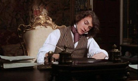 "Hugh Dancy in the film ""David Copperfield"""