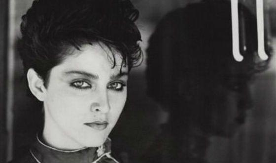 Мадонна кем работала в молодости фильм про сильвестра сталлоне и арнольда шварценеггера