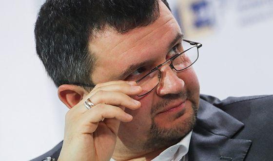 С 2004 по 2007 гг. Максим Акимов был мэром Калуги