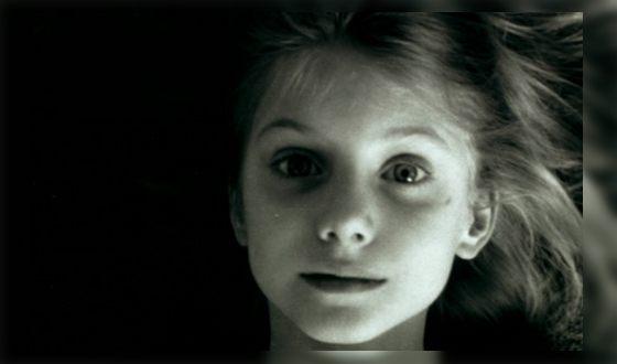 Melanie Laurent in childhood