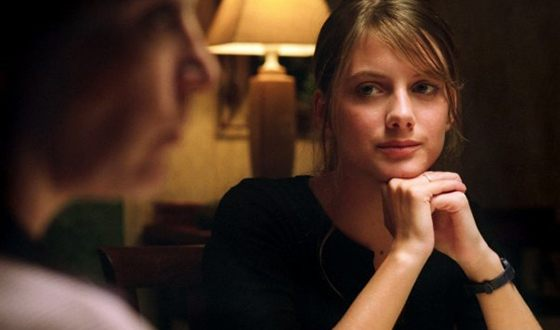 """Melanie Laurent in the movie """"Don't worry, I'm fine"""""""