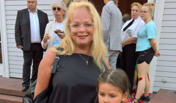 Larisa Dolina without makeup at the festival in Jurmala