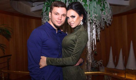 Victoria Romanets and Anton Gusev