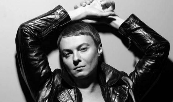 Звезда телесериалов Счастливы совместно иХолостяки Александр Исаков скончался из-за ВИЧ