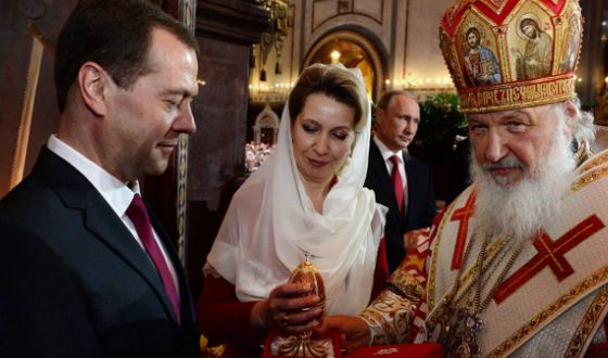 Patriarch Kirill and Dmitry and Svetlana Medvedev at the Easter service
