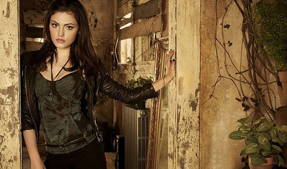 """Phoebe Tonkin in the TV series """"The Secret Circle"""""""