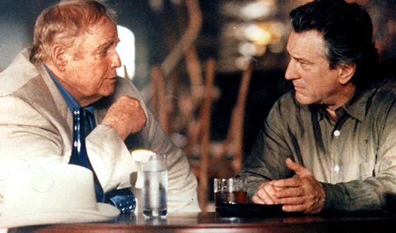 Роберт Де Ниро и Марлон Брандо в боевике