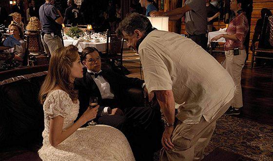Роберт Де Ниро, Мэтт Дэймон и Анджелина Джоли на съемках картины