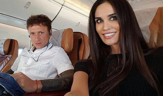 Football player Pavel Mamaev filed for divorce from his wife