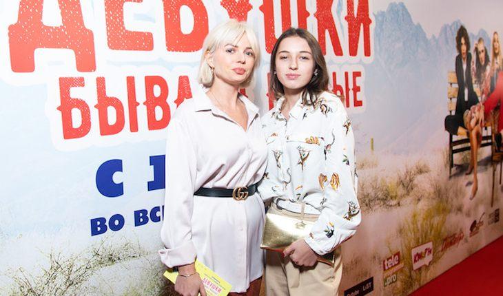 Дочь Волочковой выходит в свет с избранницей отца