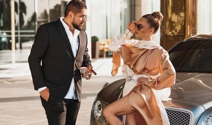 Евгения Феофилактова продемонстрировала публике своего жениха