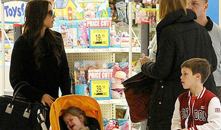 Джоли экономит на уценённых товарах