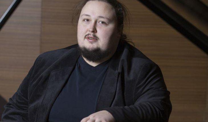 🤣 Сын Никаса Сафронова застрял в туалете самолета