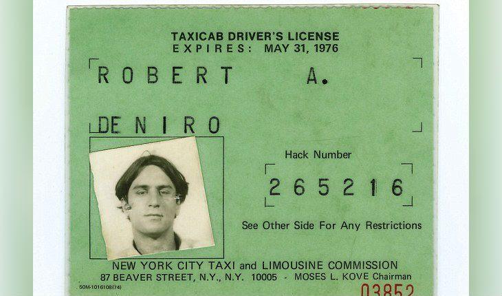 Для роли Де Ниро получил настоящую лицензию таксиста и таксовал несколько дней