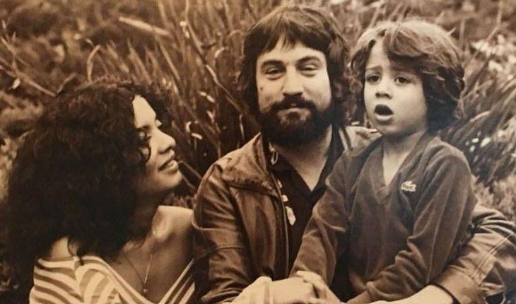 Молодой Роберт Де Ниро с первой женой и старшим сыном