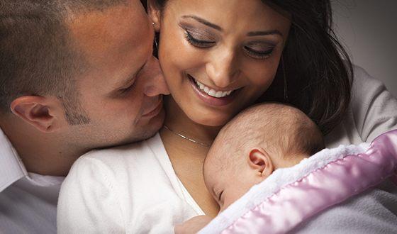 Рождаются в таких семьях малыши уже счастливыми