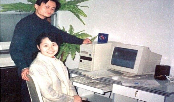 Джек Ма и его жена Чжан Ин в молодости