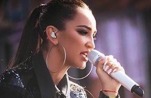 7 российских актрис без слуха, которые пытаются петь