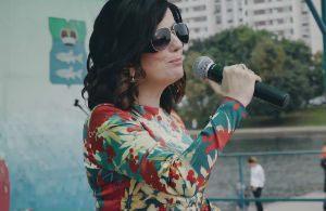 «Я не вижу других кандидатов»: Гурцкая спела в поддержку единоросса