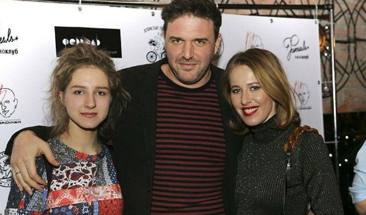 Максим Виторган с дочерью и Ксенией Собчак