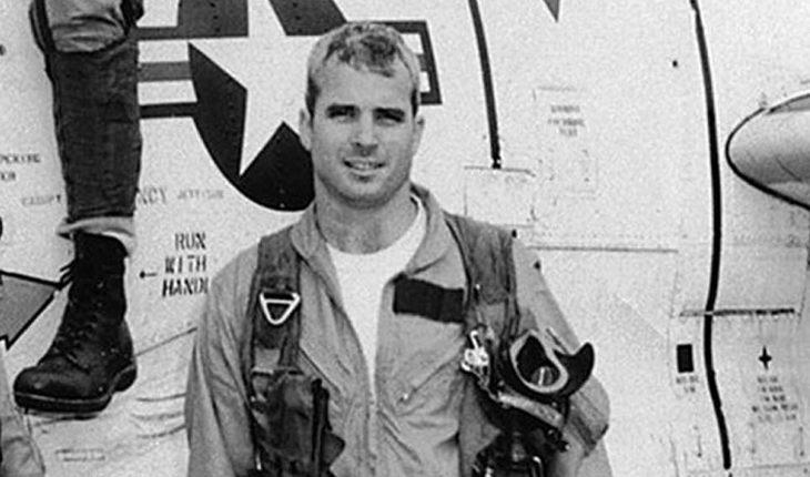 7 голливудских звезд, выживших в авиакатастрофе