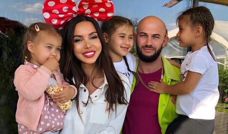Оксана Самойлова и Джиган с дочерьми