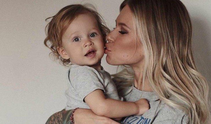 Рита Дакота хочет сделать двухлетнюю дочь вегетарианкой