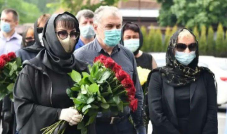 Татьяна Васильева набросилась на Панина из-за скандала на похоронах Кокшенова