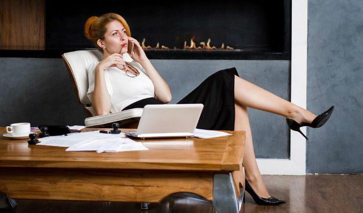 Девушка с деньгами – наказание или подарок судьбы? Что думают современные парни