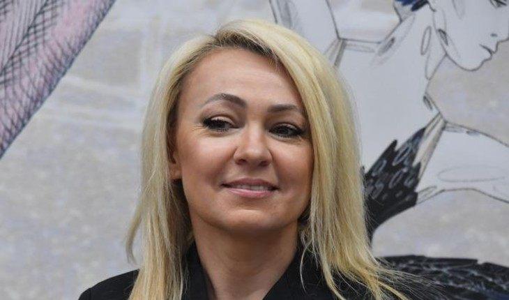 Яна Рудковская устроила истерику на дне рождения Бузовой
