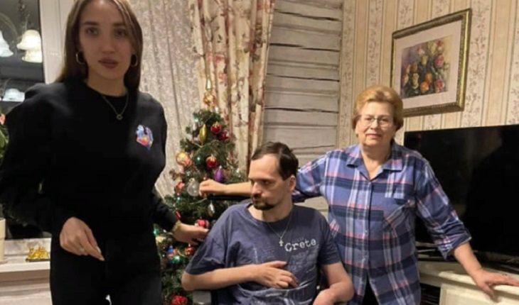В сети появились новые фото парализованного Янина