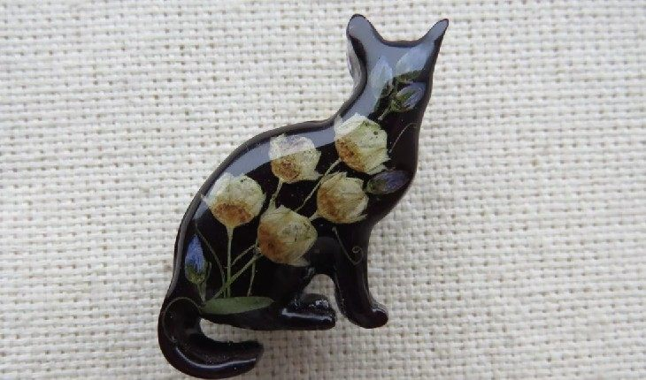 Брошки и статуэтки котов – неприемлемые в Италии подарки