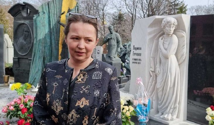 Пользователи набросились на Алену Блин за фото покойной Гурченко