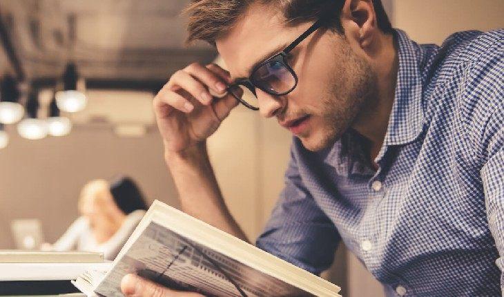 7 книг, которые помогут вам получить повышение на работе