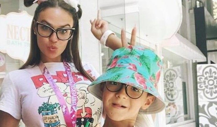 Алена Водонаева пожаловалась на отца своего сына