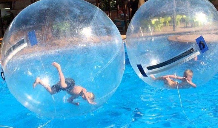 11 забавных вещиц с Aliexpress для веселья на воде