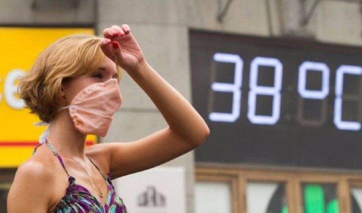 8 правил рациона, которые помогут пережить жару и похудеть