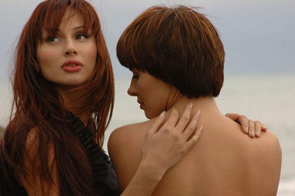 Пых есть ли в россии лесбиянки латинка